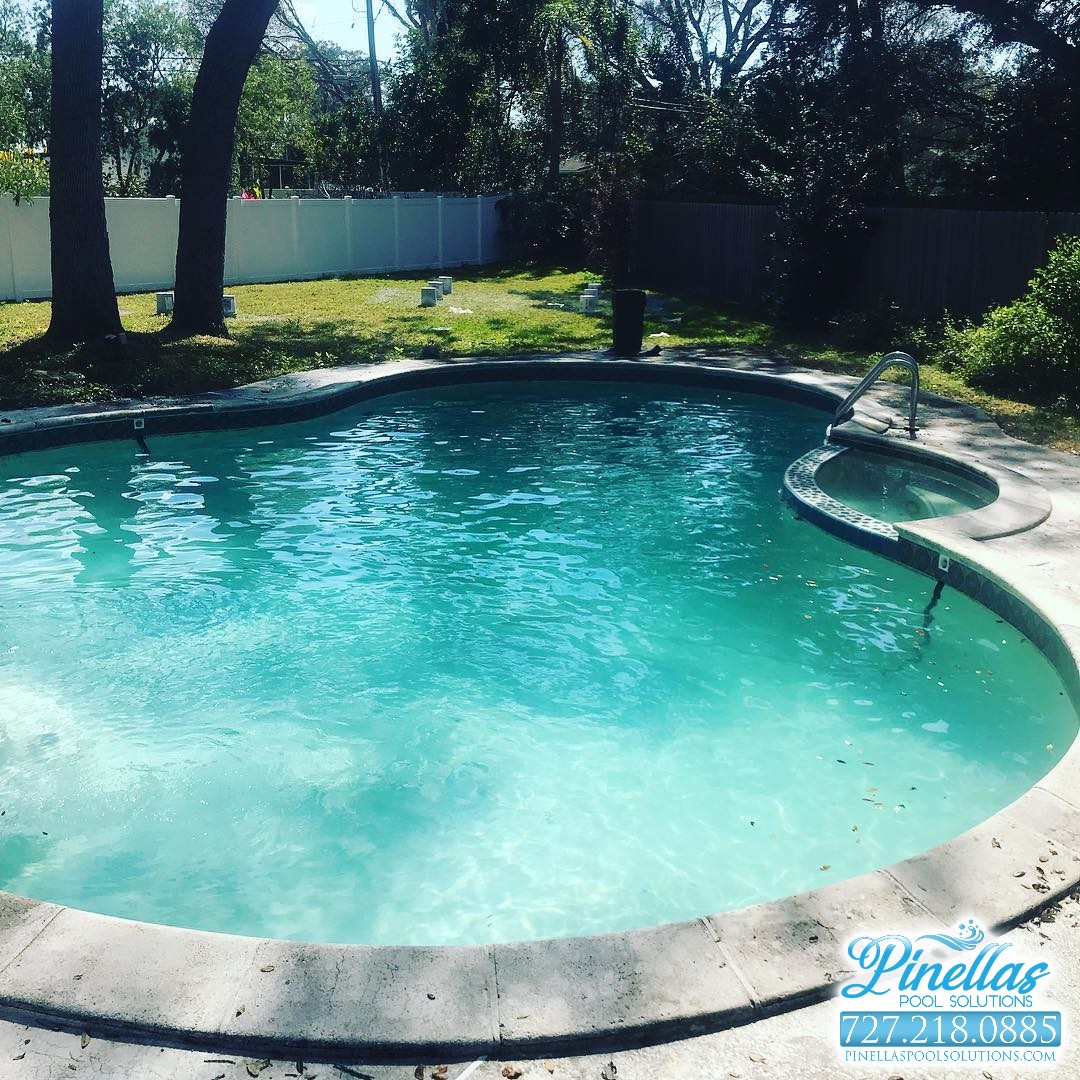 Seminole Pool Cleaning Service